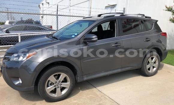 Gura Imported Toyota RAV4 Black Imodoka i Kigali mu Rwanda