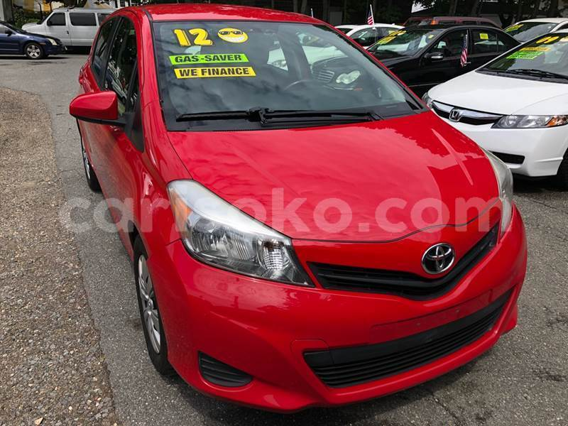 Big with watermark yaris2