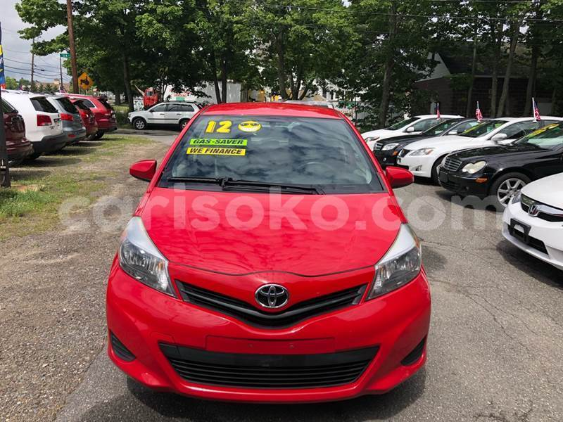 Big with watermark yaris3