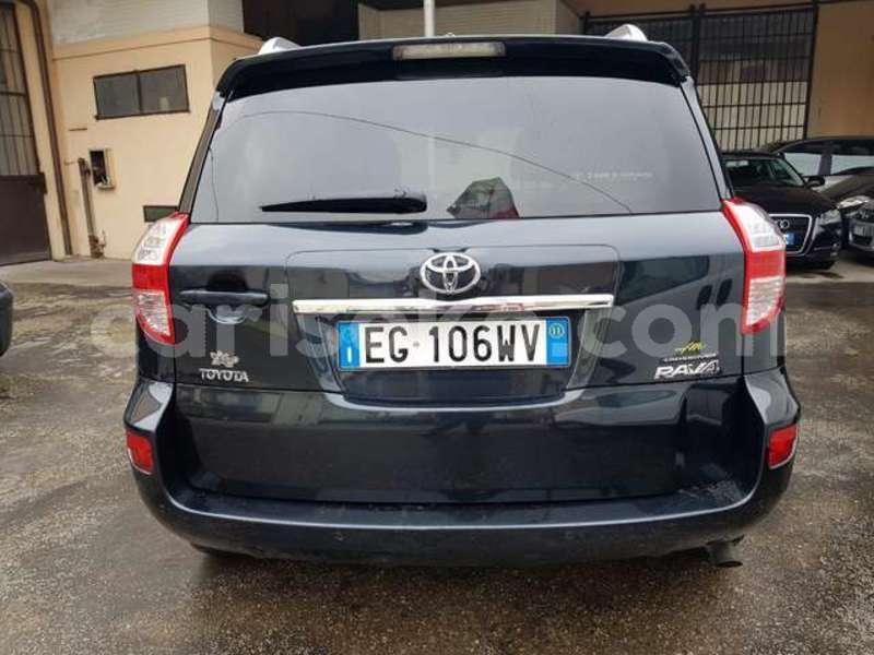 Big with watermark toyota rav4 rwanda kigali 13549