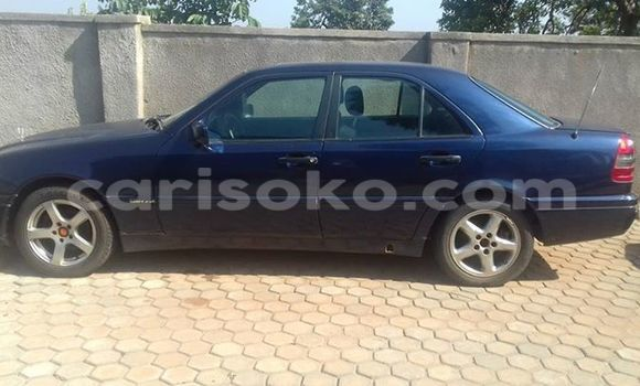 Buy Used Mercedes‒Benz 190 Black Car in Gicumbi in Rwanda