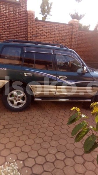 Big with watermark car rav 4