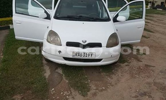 Buy Used Toyota Vitz Black Car in Gicumbi in Rwanda