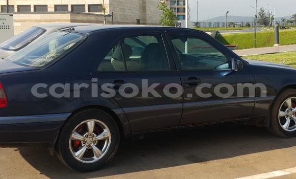 Buy Used Mercedes‒Benz 200 Black Car in Kigali in Rwanda