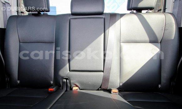 Acheter Importé Voiture Toyota Hilux Noir à Import - Dubai, Rwanda