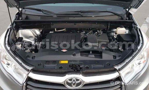 Buy Import Toyota Highlander Other Car in Import - Dubai in Rwanda