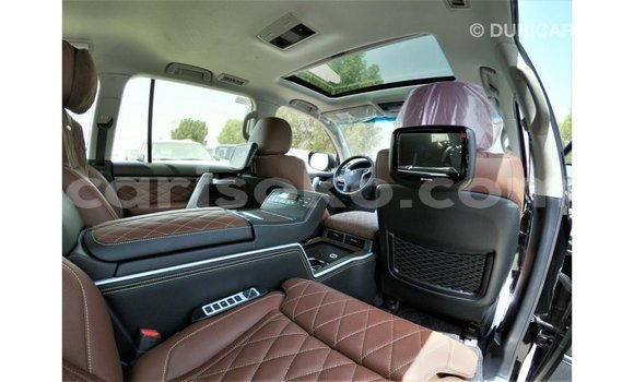 Acheter Importé Voiture Toyota Land Cruiser Noir à Import - Dubai, Rwanda