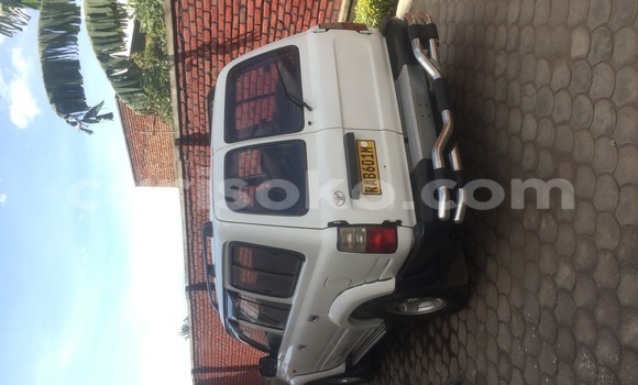 Buy Used Toyota Land Cruiser White Car in Rubavu in Rwanda