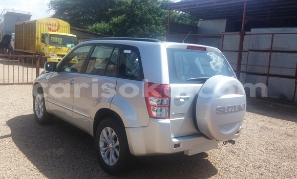 Acheter Neuf Voiture Suzuki Grand Vitara Gris à Kigali au Rwanda
