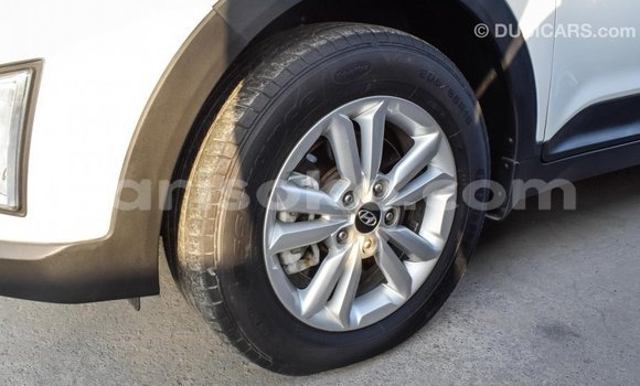 Buy Import Hyundai Creta White Car in Import - Dubai in Rwanda