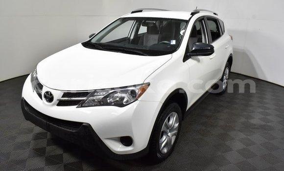 Buy Used Toyota RAV4 White Car in Butare in Butare