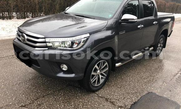 Buy Used Toyota Hilux Black Car in Bokwango in Rwanda