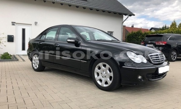 Buy Import Mercedes-Benz C-klasse Black Car in Muhanga in Rwanda