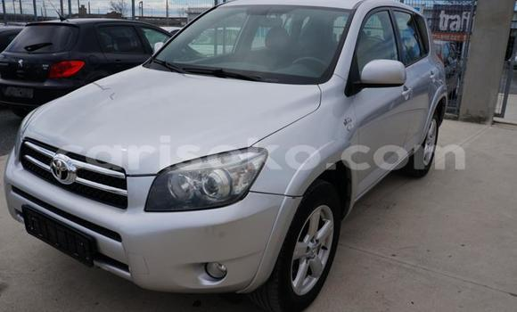 Gura Yakoze Toyota RAV 4 Silver Imodoka i Bokwango mu Rwanda