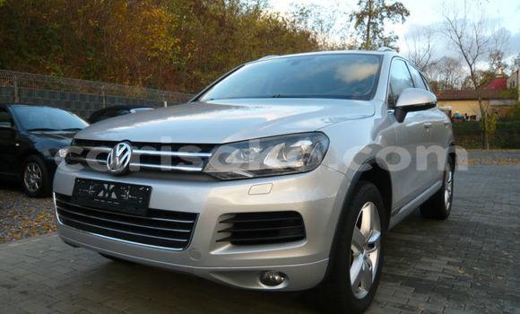 Buy Import Volkswagen Touareg Silver Car in Nyanza in Rwanda