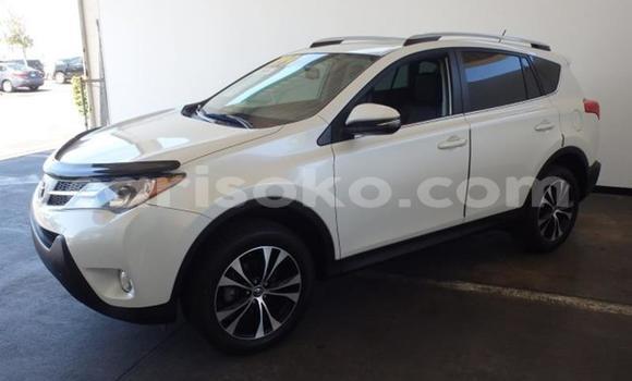 Buy Used Toyota RAV 4 White Car in Kigali in Rwanda