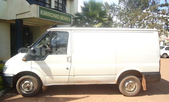 Buy Used Ford Club Wagon White Car in Kigali in Rwanda