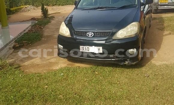 Gura Yakoze Toyota Ipsum Black Imodoka i Kigali mu Rwanda