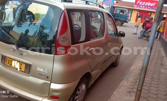 Buy Used Toyota Yaris Verso Brown Car in Kigali in Rwanda