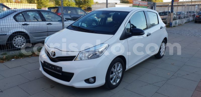 Big with watermark toyota yaris cool 1