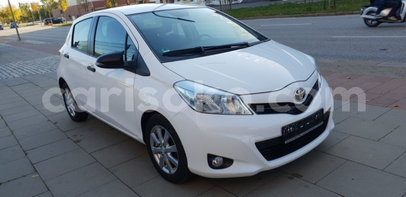 Big with watermark toyota yaris cool 10
