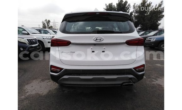Buy Import Hyundai Santa Fe White Car in Import - Dubai in Rwanda