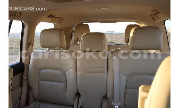 Buy Import Toyota IST White Car in Import - Dubai in Rwanda