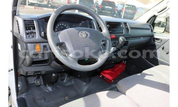 Buy Import Toyota Hiace White Car in Import - Dubai in Rwanda