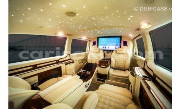 Buy Import Mercedes-Benz 190 (W201) Black Car in Import - Dubai in Rwanda