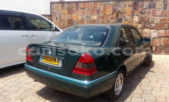 Buy Used Mercedes‒Benz C–Class Green Car in Kigali in Rwanda
