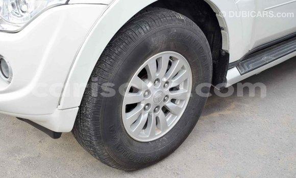 Buy Import Mitsubishi Pajero White Car in Import - Dubai in Rwanda