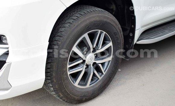 Buy Import Toyota Prado White Car in Import - Dubai in Rwanda