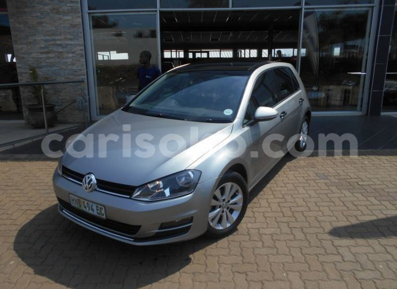 Big with watermark 2015 volkswagen golf 1.2tsi trendline1