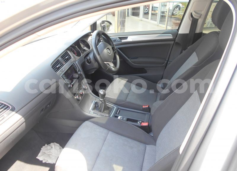Big with watermark 2015 volkswagen golf 1.2tsi trendline3
