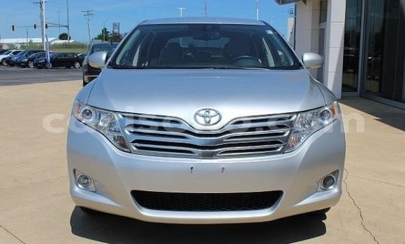 Buy Import Toyota Venza Silver Car in Nyanza in Rwanda
