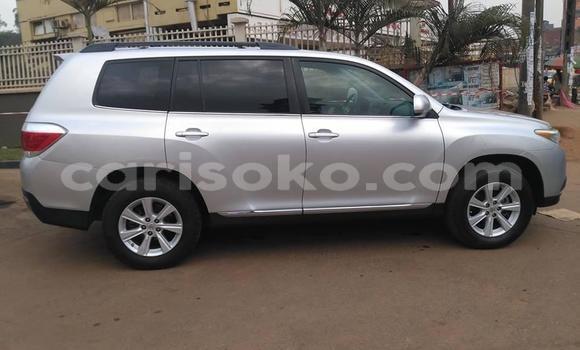 Buy Used Toyota Highlander Silver Car in Kigali in Rwanda