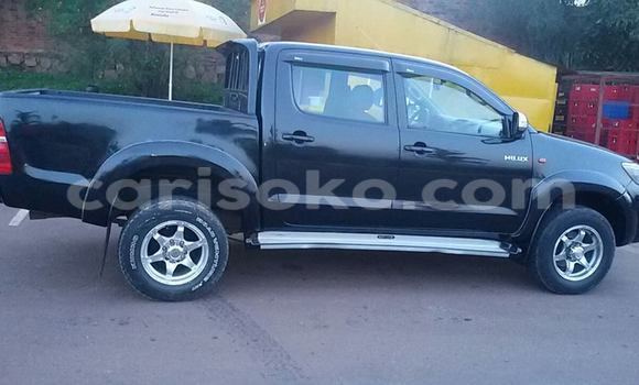 Acheter Neuf Voiture Toyota Hilux Noir à Kigali au Rwanda