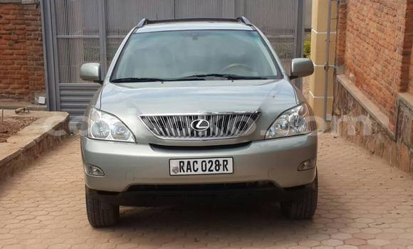 Acheter Occasion Voiture Lexus RX 300 Beige à Kigali au Rwanda