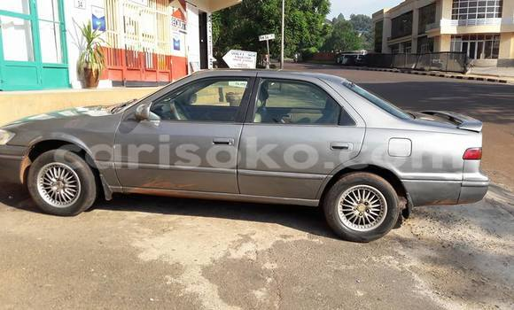 Acheter Occasions Voiture Toyota Camry à Kigali au Rwanda