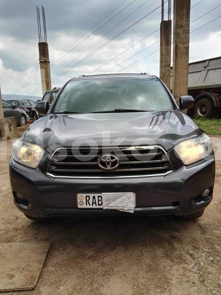 Big with watermark toyota highlander 2012 97 000km kasablo 0788511313