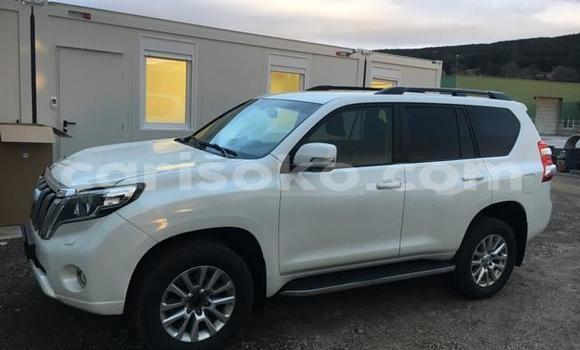 Buy Used Toyota Land Cruiser Prado White Car in Kigali in Rwanda