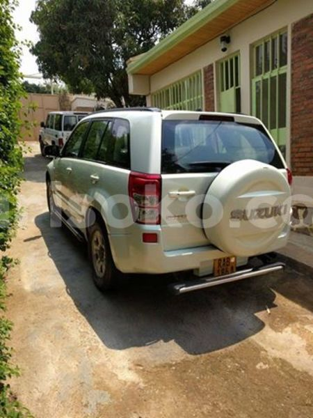 Big with watermark suzuki grand vitara 2005 maulana 0788304107 154k 10k usd manual petrol kimihurura