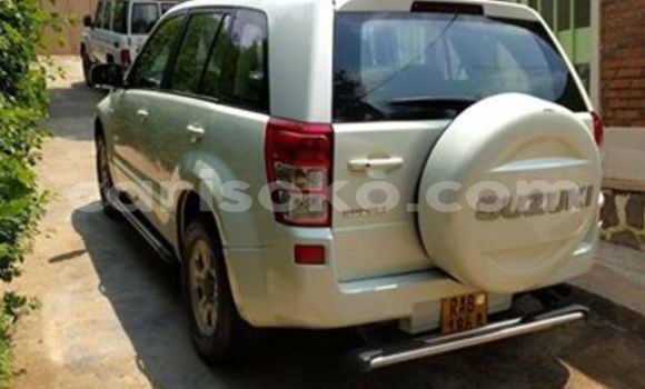 Medium with watermark suzuki grand vitara 2005 maulana 0788304107 154k 10k usd manual petrol kimihurura