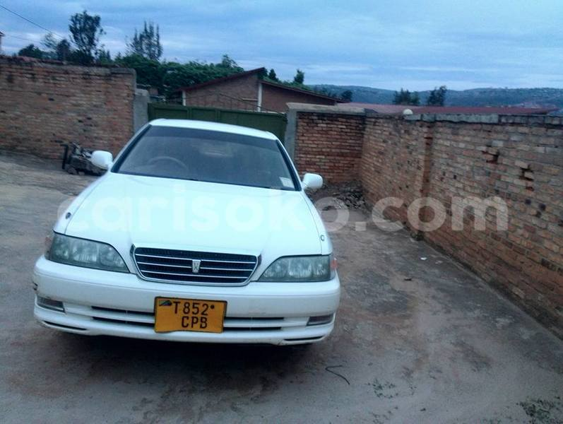 Big with watermark toyota cresta losange 0783684944 5k usd 2
