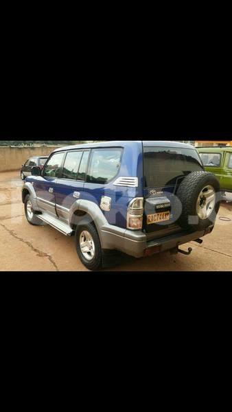 Big with watermark landcruiser adele 0788227094 1999 8m auto 3