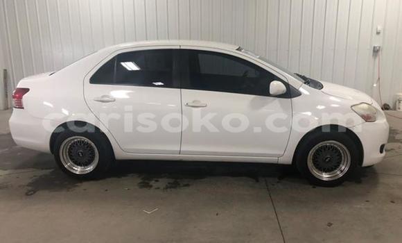 Buy Used Toyota Yaris Verso White Car in Kigali in Rwanda