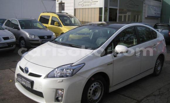Buy Used Toyota Prius White Car in Kigali in Rwanda