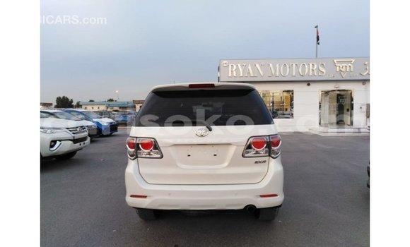 Buy Import Toyota Fortuner White Car in Import - Dubai in Rwanda