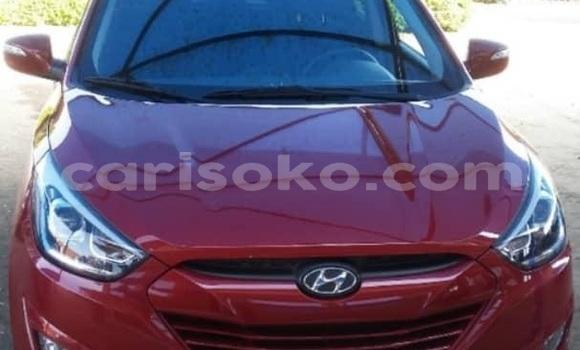 Gura Yakoze Hyundai Tucson Red Imodoka i Kigali mu Rwanda