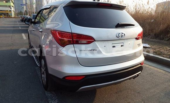 Buy Used Hyundai Santa Fe Silver Car in Gicumbi in Rwanda